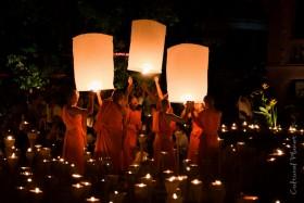 10 cosas que hacer durante el Loy Kathrong y Yee peng en Tailandia