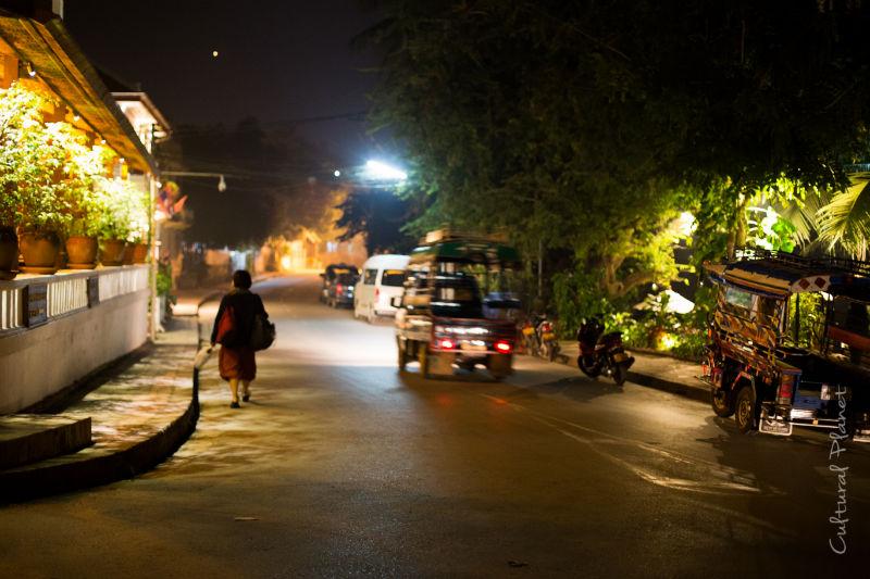 Mercadillo Luang Prabang