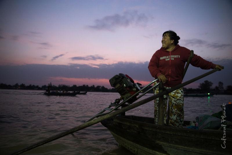 Amanecer en el Mekong