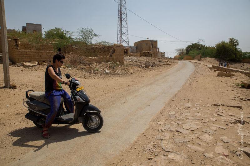 Moto Jaisarmer